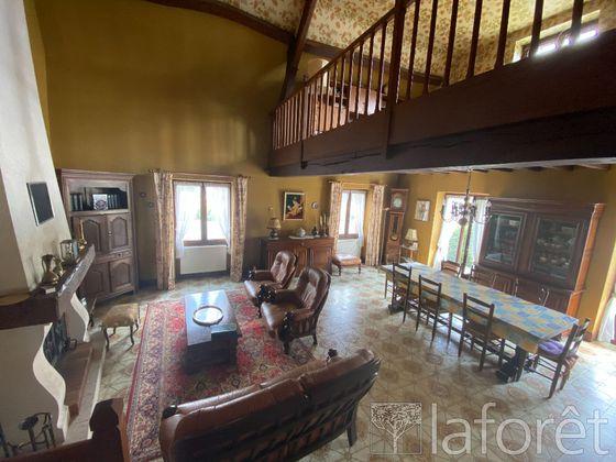 Vente maison 5 pièces 156 m2