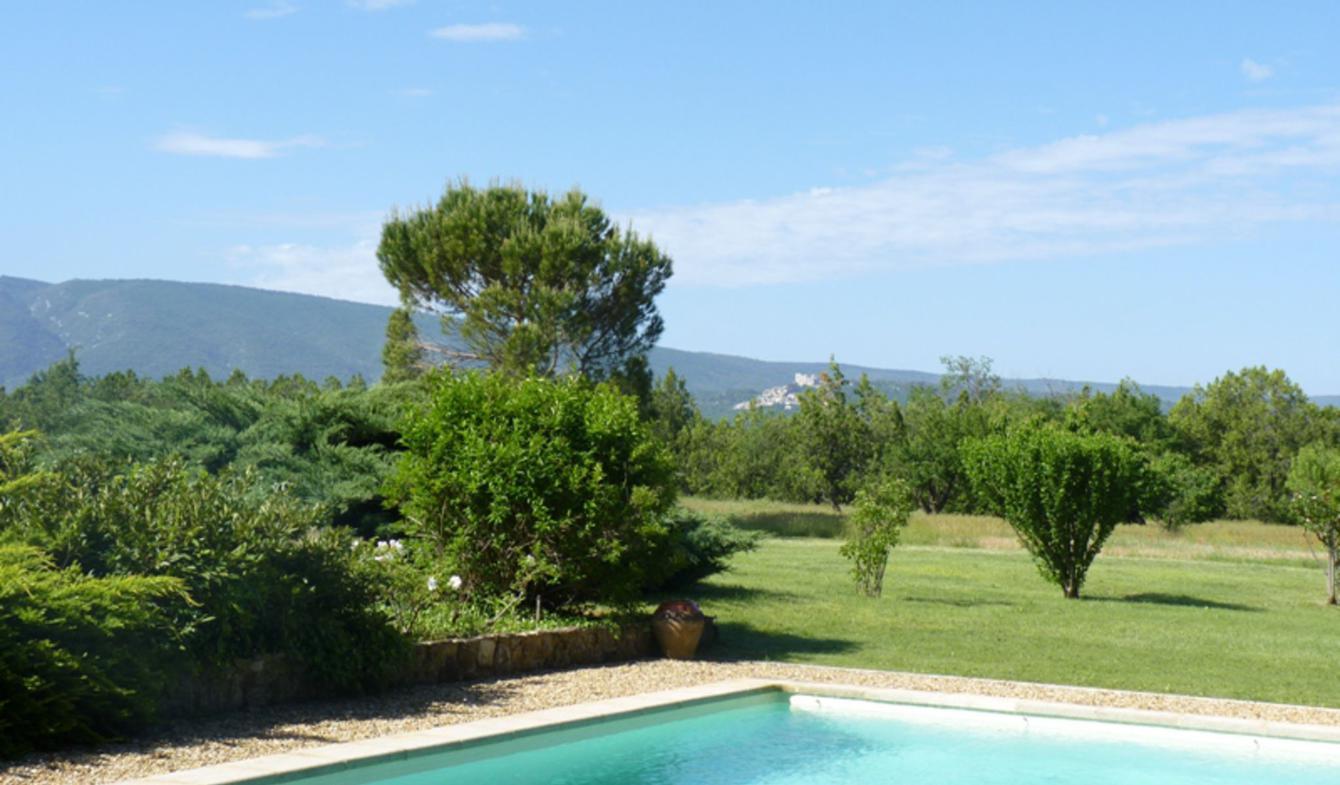 Propriété avec piscine et jardin Bonnieux