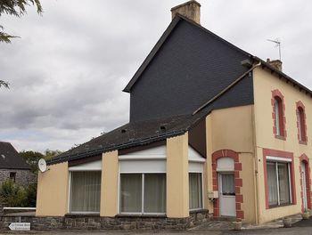 maison à Saint-Mayeux (22)