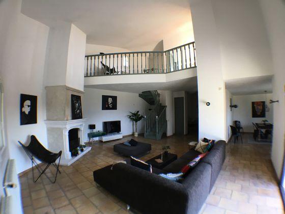 Location propriété 8 pièces 300 m2