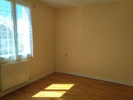 Location maison 5 pièces 75 m2
