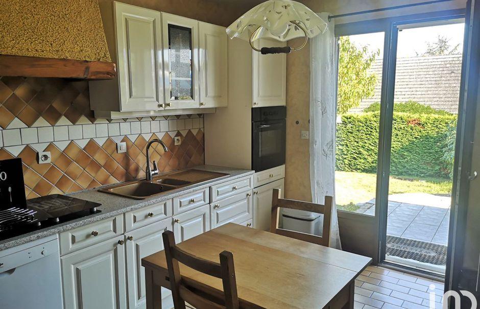 Vente maison 5 pièces 106 m² à Château-du-Loir (72500), 159 200 €
