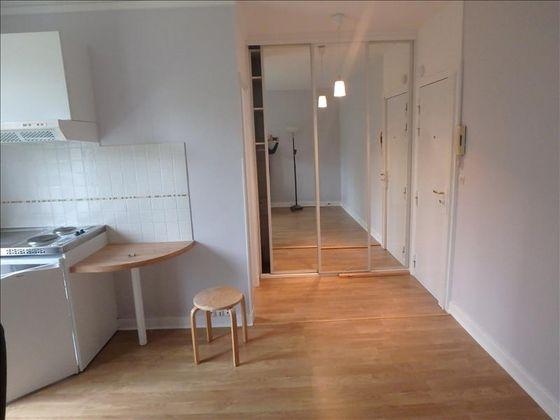 Location studio 18,48 m2