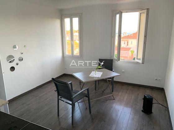 Location appartement meublé 2 pièces 37,31 m2