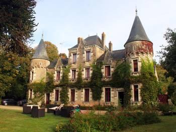 Château 20 pièces 450 m2