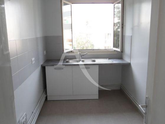 Location appartement 3 pièces 61,85 m2
