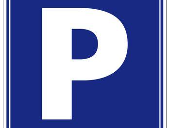 parking à Istres (13)