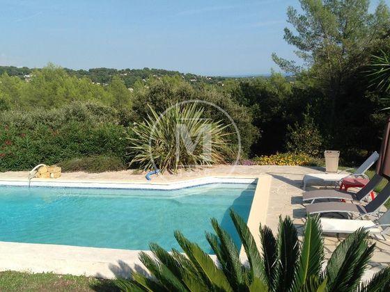 Vente villa 7 pièces 210 m2