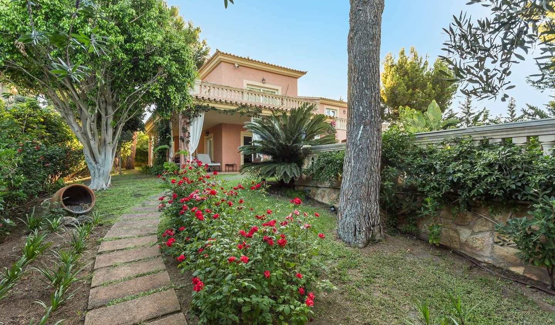 Seaside villa with pool Majorca