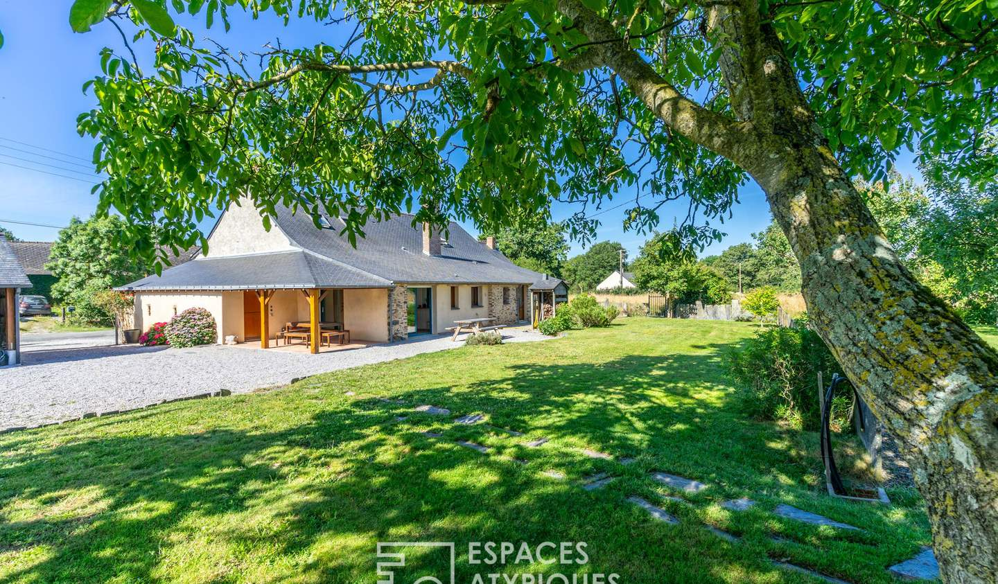 House with pool and terrace Saint-Mars-la-Jaille