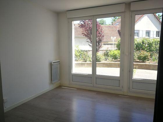 Location studio 18,23 m2