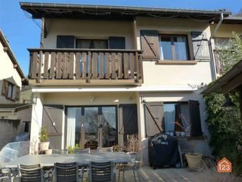 Maison 8 pièces 105 m2