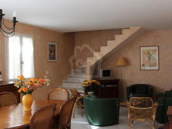 Vente villa 8 pièces 260 m2