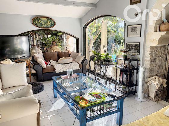 Vente maison 5 pièces 253 m2