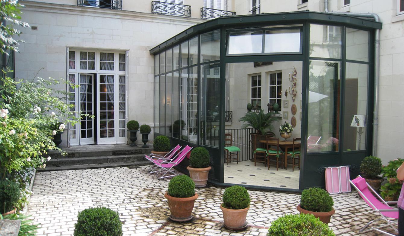 Hôtel particulier avec jardin et salle de réception Tours