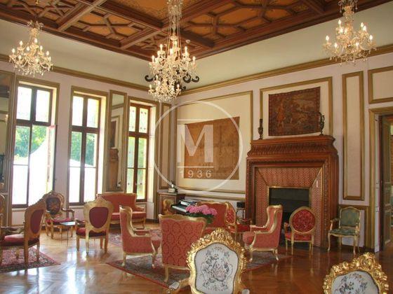 Vente château 36 pièces 3800 m2