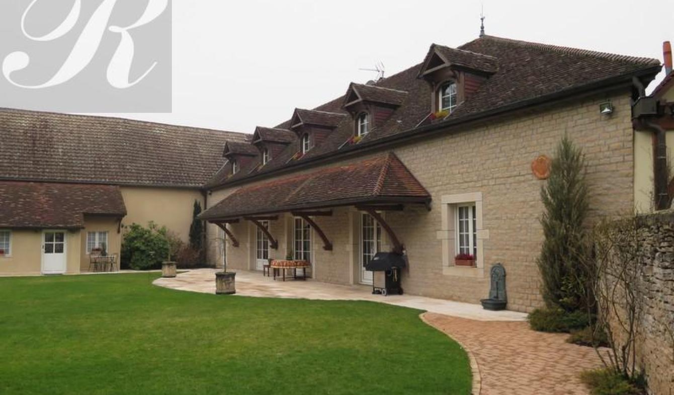 Maison avec terrasse Gilly-lès-Cîteaux
