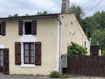 maison à Nuaillé-sur-Boutonne (17)