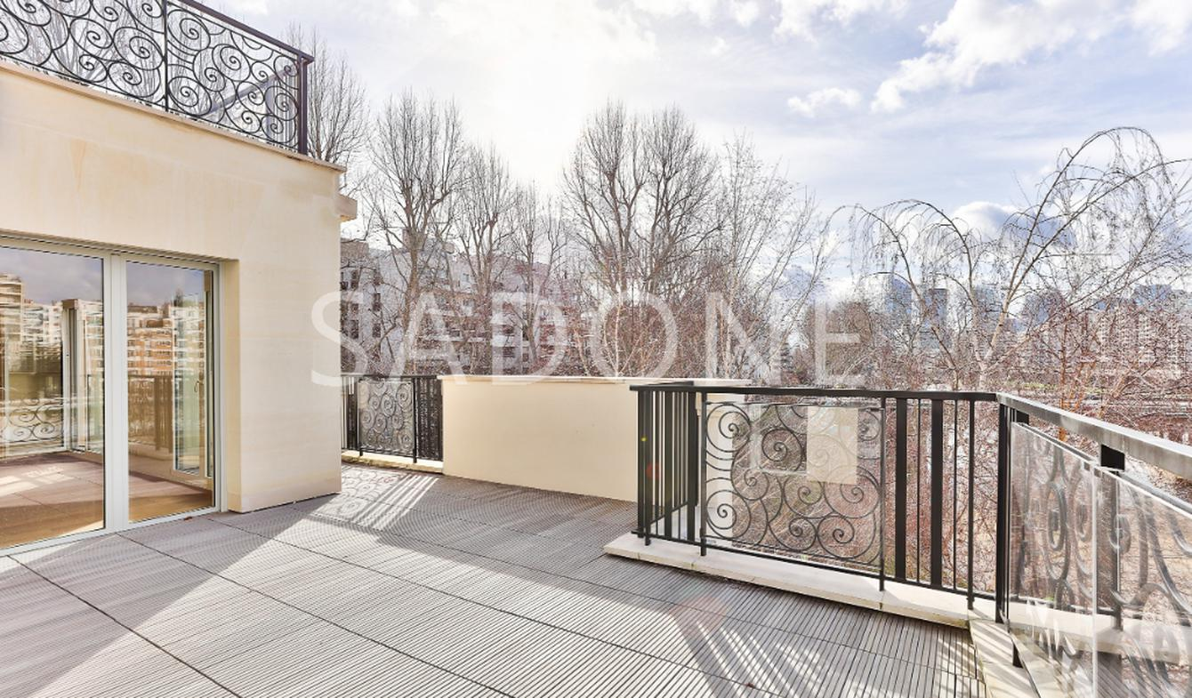 Apartment with terrace Neuilly-sur-Seine
