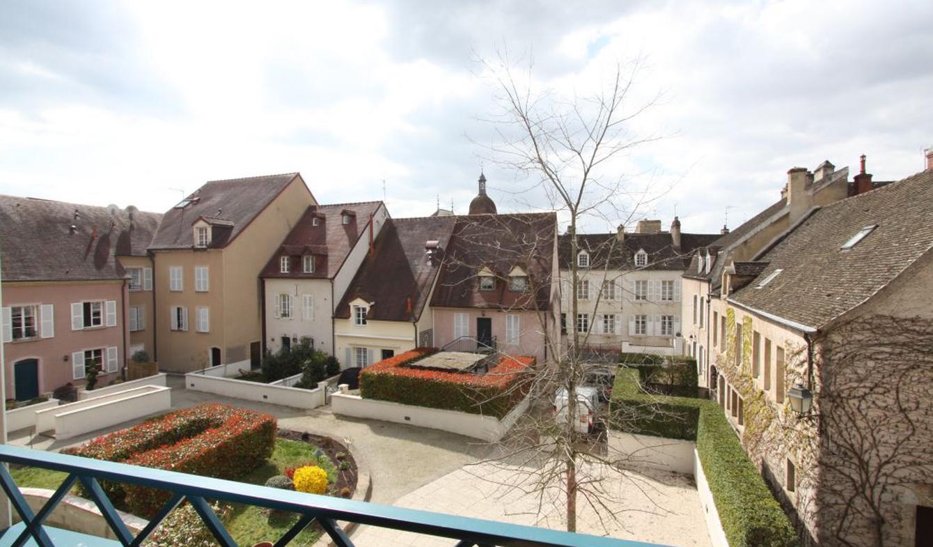 Appartement contemporain avec terrasse Beaune
