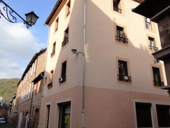 appartement à Villecomtal (12)