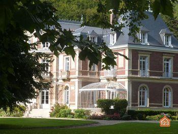 château à Hénouville (76)