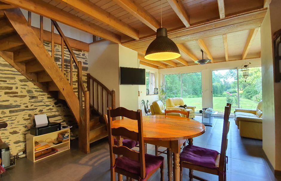 Vente maison 8 pièces 255 m² à Saint martin sur oust (56200), 455 800 €