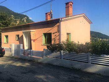 maison à Serres (05)