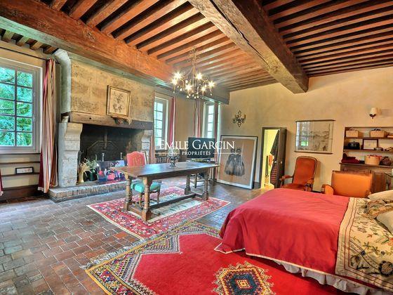 Vente maison 10 pièces 537 m2