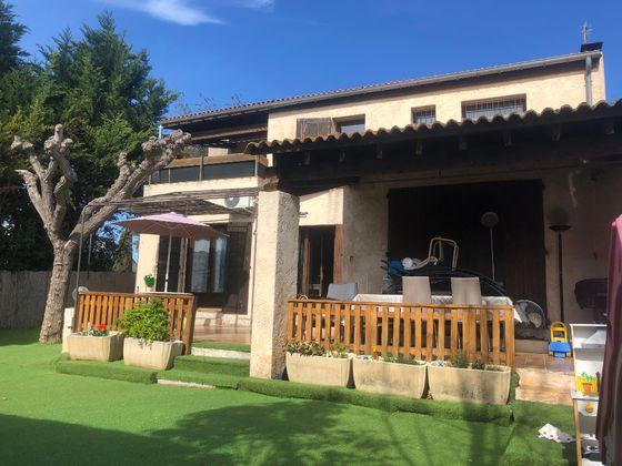 Location maison 4 pièces 140 m2
