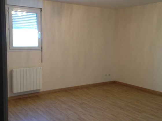 Location studio 34,03 m2