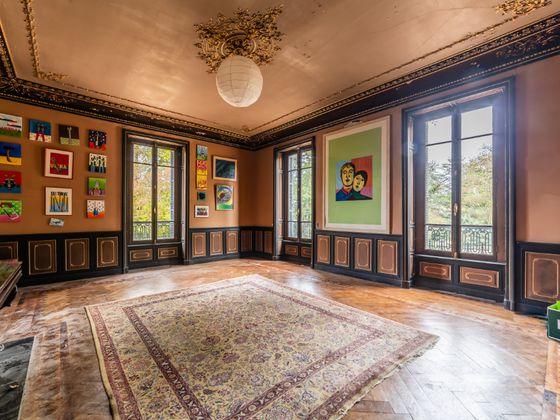 Vente propriété 10 pièces 630 m2
