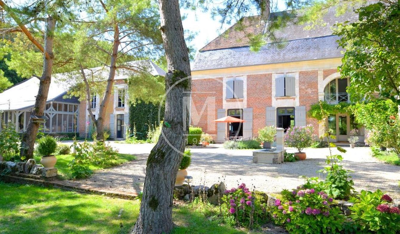 House with terrace Beauvais