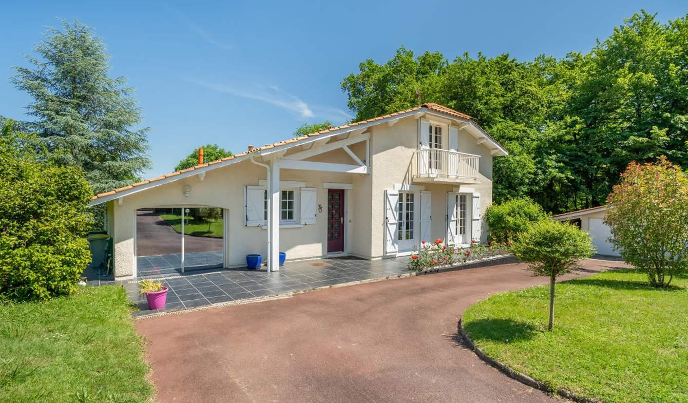 Maison Carignan-de-Bordeaux
