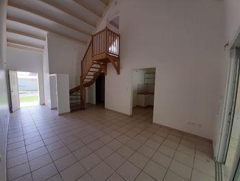 maison à Le lamentin (972)