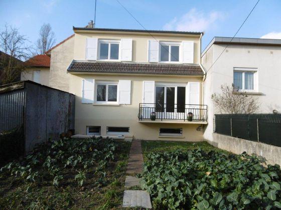 Location maison 4 pièces 90,99 m2