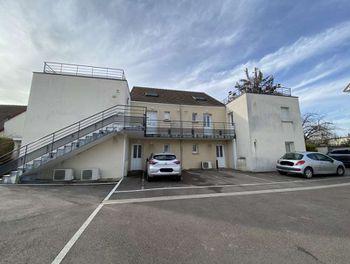 studio à Saint-Julien-les-Villas (10)