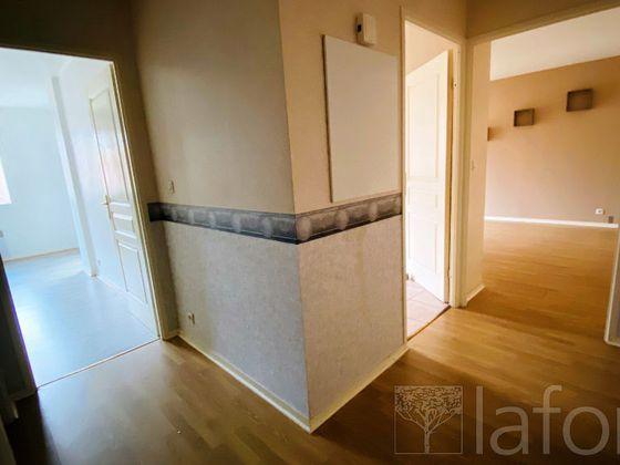 Location appartement 2 pièces 54,74 m2