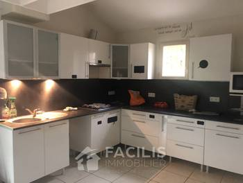 Maison 8 pièces 207 m2