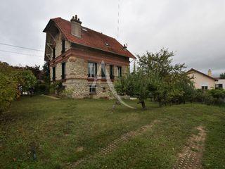 Maison Combs-la-Ville