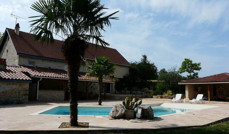Maison avec piscine et terrasse Villeneuve