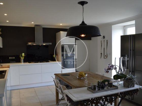 Vente maison 8 pièces 400 m2