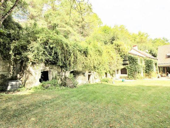 Vente propriété 9 pièces 245 m2