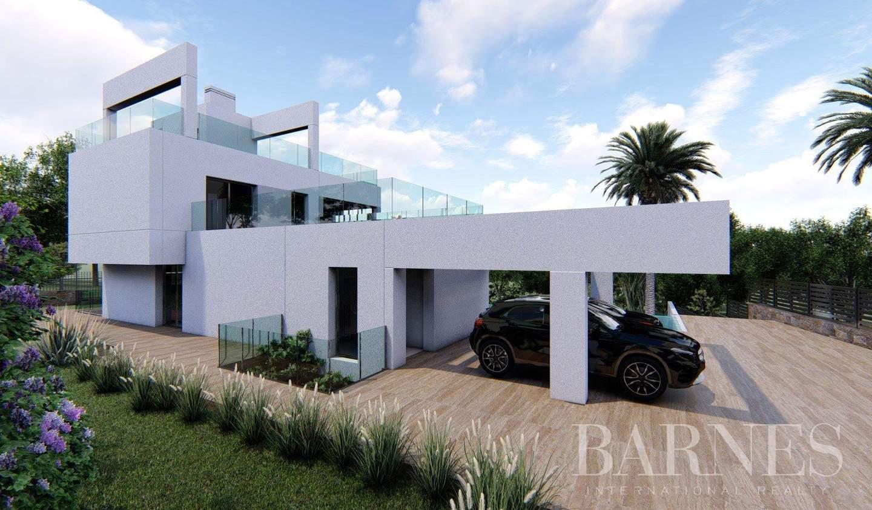 Villa with pool and garden Nueva Andalucía