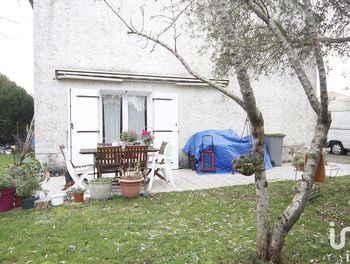 maison à Aiffres (79)