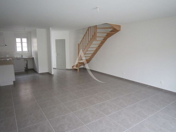 Location maison 3 pièces 80,25 m2