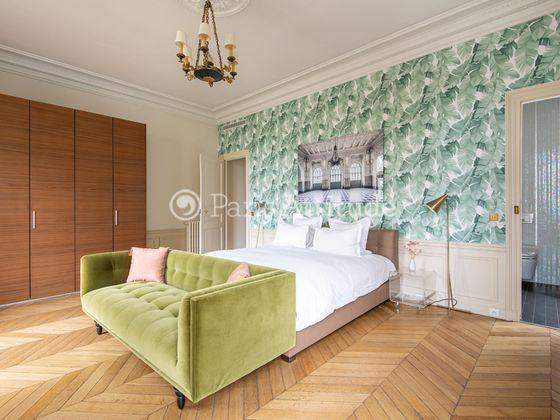 Location appartement meublé 6 pièces 232 m2