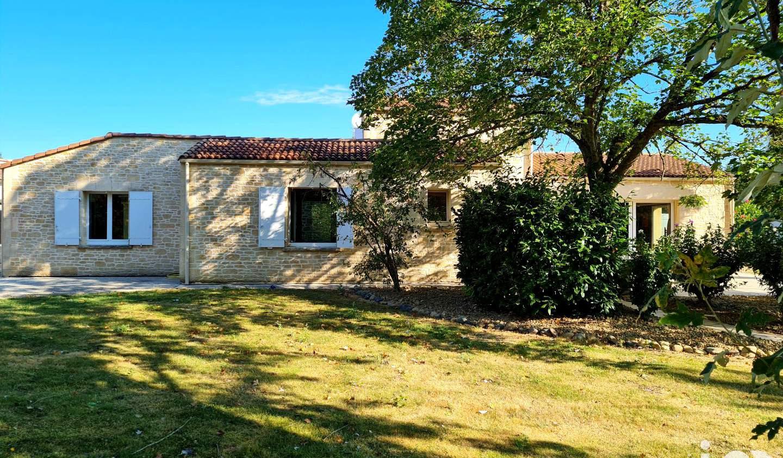 Maison avec piscine et terrasse Ciré-d'Aunis