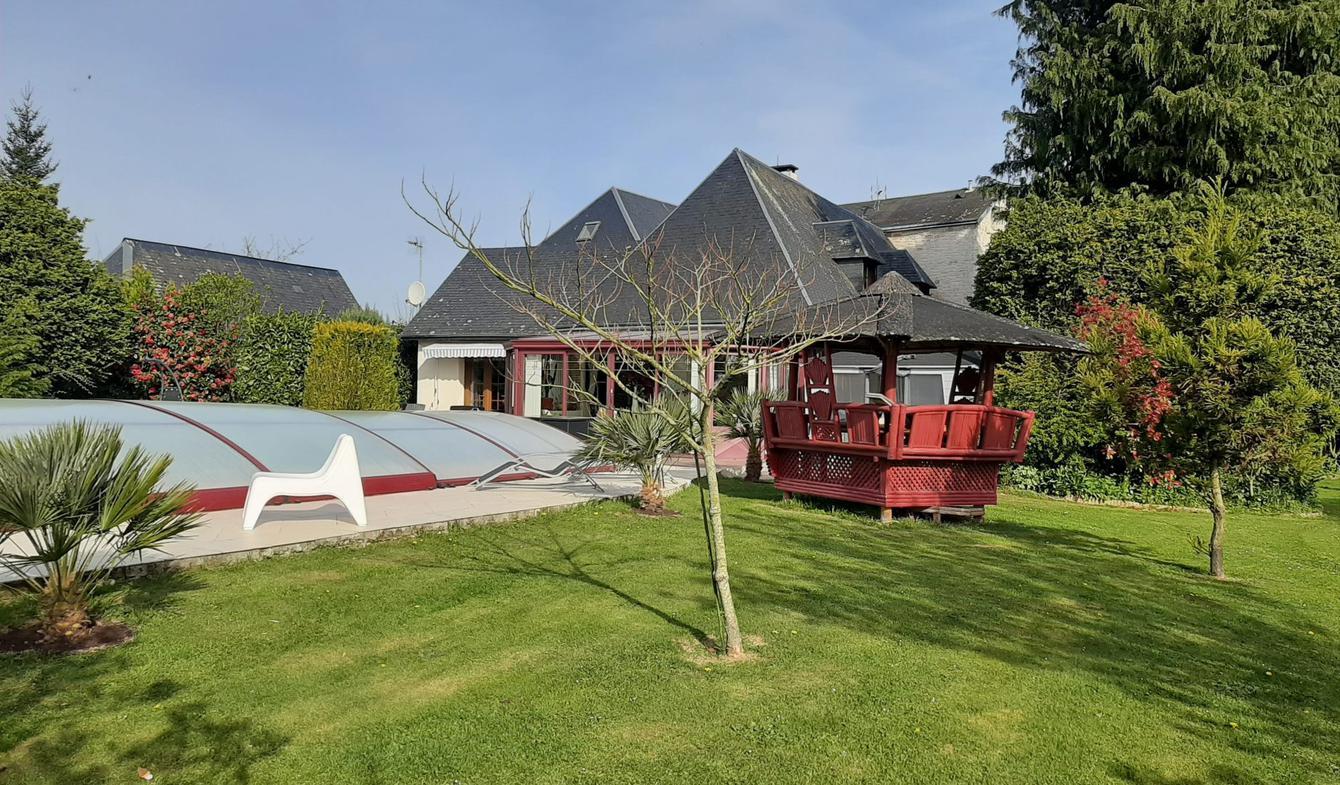 Maison avec piscine et terrasse Saint-Maclou-la-Brière