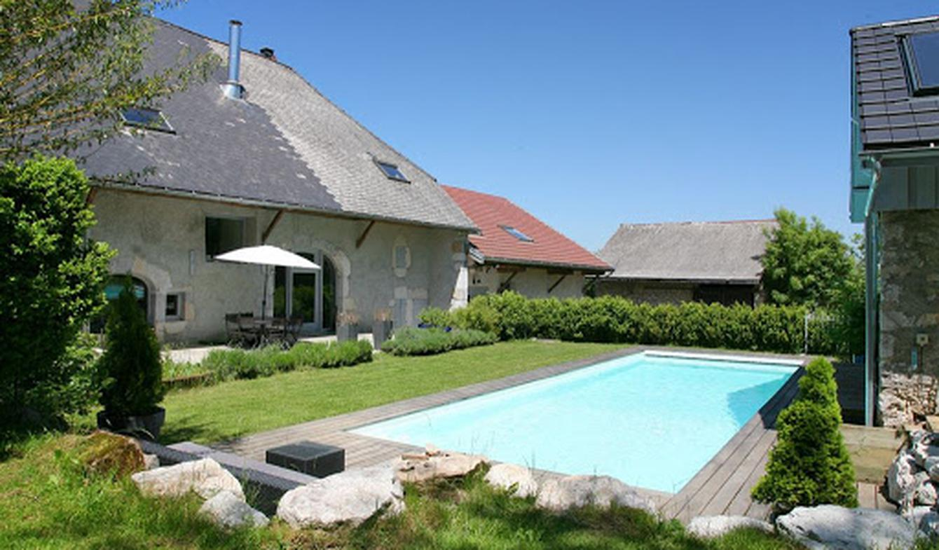 Property with pool Choisy